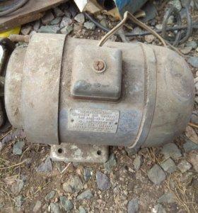 Электродвигатель АОЛБ 22-4