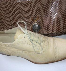 Женская обувь  POLLINI size.38 кожа Италия