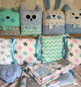 Бортики в кроватку, подушки, одеяло