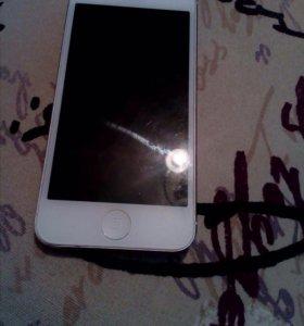 Продам IPhone 5 16gb белый