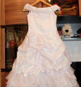Платье на девочку р.38 (8-10 лет)