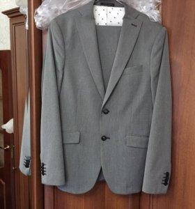 Костюм мужской Zara пиджак
