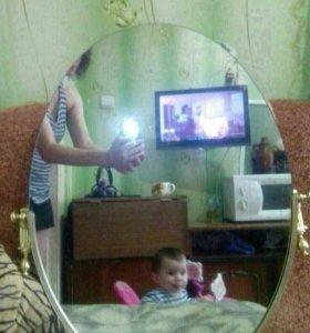 Зеркало в оправе