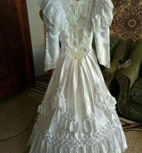 свадебное платье с подьюбником