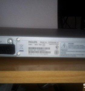 Philips DVP3040K/51 Плеер DVD с DivX и караоке