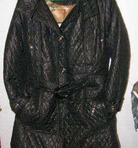 Пальто демисезонно-зимнее