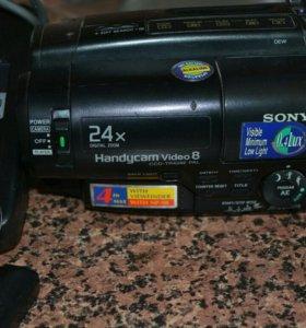 Видеокамера кассетная Sony