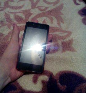 Телефон fly либо обмен на айфон 5s/4s