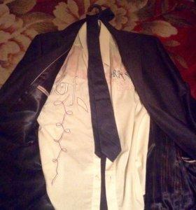 Строгий костюм (MAGMEN)