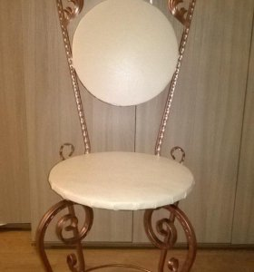 кованные стулья