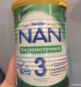 Смесь NAN кисломолочный 3