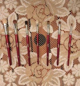 Набор Профессиональных кистей для макияжа Людовик