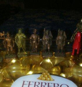 Коллекция бронзовых фигурок 1990х