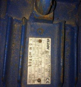 Асинхронный двигатель A132S4