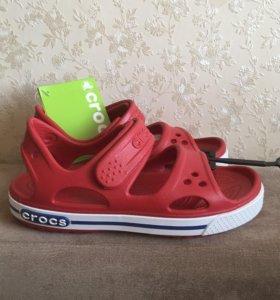 Новые сандалии Crocs