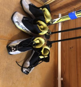 Лыжи, ботинки, перчатки