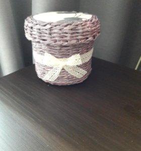 Шкатулка плетёная