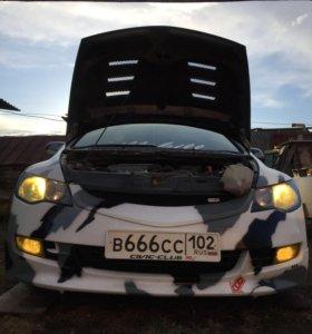 Капот хонда