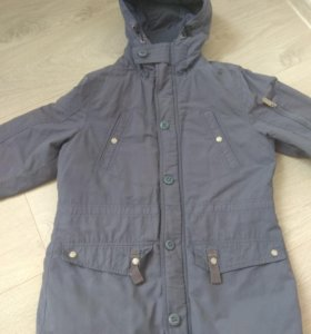 Продам куртку подростковую 158reserved