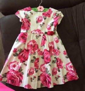 Продам детское платье «майорал»