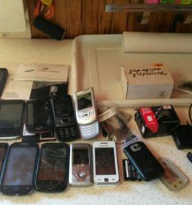 Телефоны на запчасти 21 шт.
