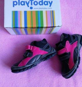 Новые ботинки Play Today, 25 размер.