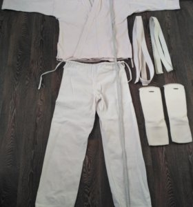 Кимоно б/У рост 170 + тканевая защита для ног