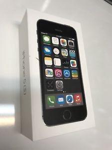 iPhone 5S 16gb серый