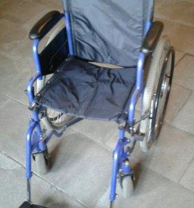 Коляска инвалидная прогулочная.
