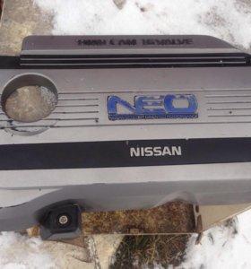 Крышка на двигатель Ниссан