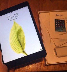 iPad mini 16gb WiFi space gray