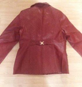 Куртка кожа женская