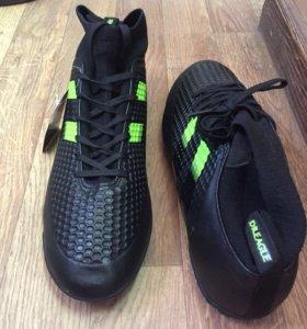 Кроссовки для игры в футбол