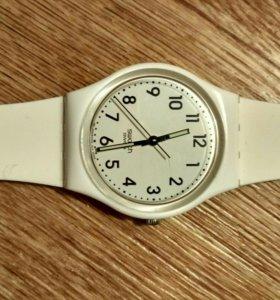 Продам часы swatch