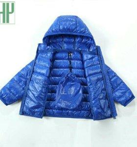 Брендовая детская куртка. Рост 160
