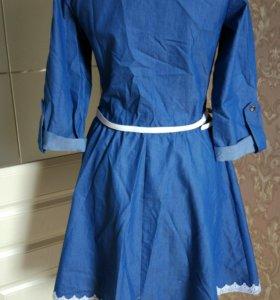 Платье легкое стильное 42-44 размер