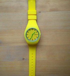 Часы geneva новые