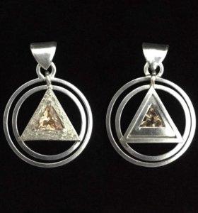 """Кулон """"Пирамида"""" Серебро 925 пробы."""