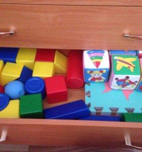 Кубики и коврик-пазл