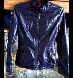 Куртка кожаная в носке 1 месяц почти новая