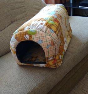 Домик для небольшой собаки