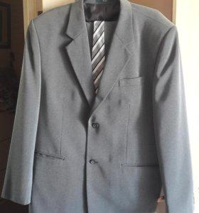 Мужской костюм р-р 52-54