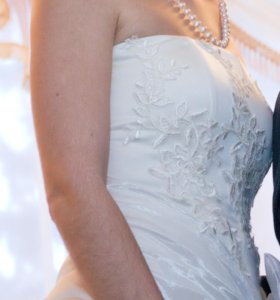 Выпускное - свадебное платье.