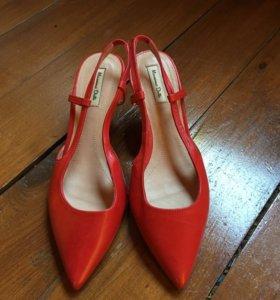 Туфли красные Massimo Dutti Испания, кожа