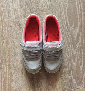 Adidas кеды / кроссовки