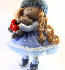 Интерьерная кукла из ткани.