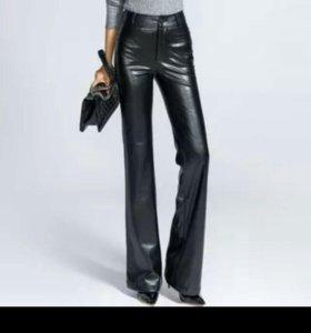 Кожаные женские брюки