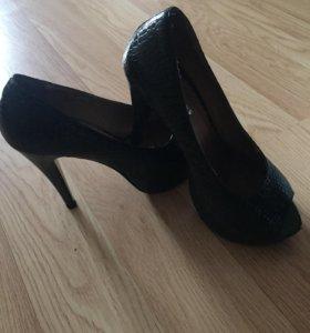 Женские туфли, натуральная кожа размер 38