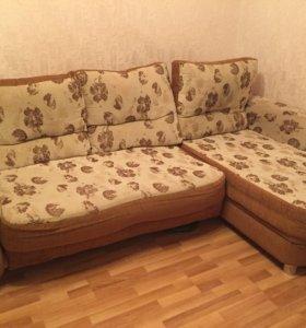 Срочно! Угловой диван + кресло