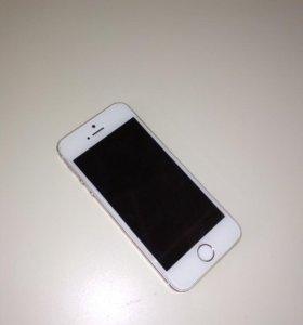 Айфон 5s Gold. 16 гб памяти.
